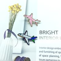 broches de avião venda por atacado-Avião rosa e branco avião personalidade bonita presente criativo para meninas e crianças broche lapelas distintivo