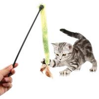 varas de vibração venda por atacado-Brinquedos para animais de estimação Gato De Pelúcia Pena Vara Catcher Wand Interativo Jogando Teaser Rod Presentes Engraçados Anel Puxar Brinquedos Vibratórios Brinquedo Interativo
