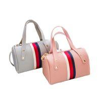 мягкая синтетическая кожаная сумка оптовых-Женщины недавно одна сумка синтетическая кожа мягкий PU сумка через плечо мода Бостон женщина сумка простые цвета