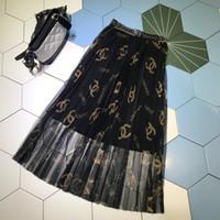frauen röcke großhandel-Milan Designer Damen Röcke Wunderschöne Buchstabengitter Drucken Falten Röcke Frauen 2019 Frühling Sommer Röcke 050603
