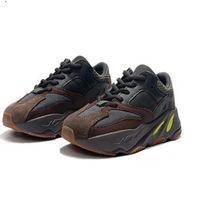 Wholesale boys shoes lights for sale - Group buy kanye west Boys Children V3 Kids Blush Desert Rat V3 running shoes Utility Black Sneaker Sports Shoes With Box