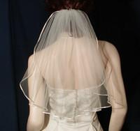en iyi düğün resimleri toptan satış-Yeni Tül Lüks Yüksek Kalite En Çok Satan İnanılmaz Gerçek Resim Bir Katmanlı Şerit Kenar Düğün Veils Beyaz Fildişi Omuz Uzunluğu alaşım Tarak