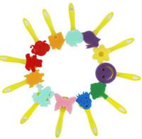 traje amarillo para niño al por mayor-12 Unidades Traje Para Niños Pintura Esponja Cepillo Kindergarten Graffiti DIY Amarillo Manija Clase de Arte Suministros de Pintura Regalo 6pc A1