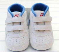 Wholesale Newborn Baby Girl Boy Soft Sole Shoes Toddler Anti skid Sneaker Shoe Casual Prewalker Infant Classic First Walker