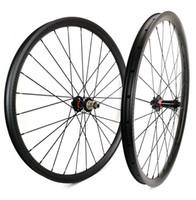 Wholesale light bike hubs online - Super light er Mountain Bikes carbon wheels mm width mm depth tubeless MTB DH carbon wheelset with UD matte finish navatec hub