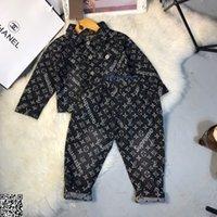 sonbahar çocuk giysileri toptan satış-Erkek ceket setleri çocuklar giysi tasarımcısı denim ceket + kot 2 adet güz moda klasik yıkama denim ceket setleri boyutu 90-130 cm
