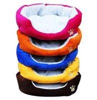 lits de chat rouge achat en gros de-Lit de chien en coton coloré lit de chien chaud lit en hiver couleur rouge orange bleu brun jaune rose rose taille M L