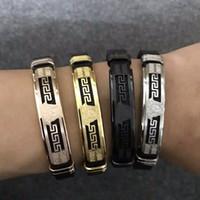 bracelets de designer achat en gros de-4color designer de luxe bracelets de ceinture grande marque style charme en acier inoxydable bracelet punaise Medusa bijoux pour femmes hommes