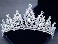 yeni gelin tacı toptan satış-Yeni gelin headdress beyaz kristal taç gelin prenses taç bandı gelinlik saç aksesuarları genç ve güzel