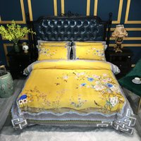 conjuntos de cama chinese de luxo venda por atacado-Luxo estilo chinês Flores do pavão Impressão Inverno velo tecido da cama definir flanela edredon Folha de cama cobrir / Linen Fronhas