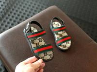 chaussures de sandale achat en gros de-2019 chaussures de luxe d'été à bout ouvert sandales de plage chaussures de designer garçon fille chaussures enfants cadeau Livraison gratuite 491