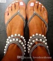 Wholesale diamond gladiator sandals online - Sexy2019 Women Beach Shoes Flat Heels Glitter Party Shoes Summer Diamond Sandals Beading Sandals White Pearl Sandals
