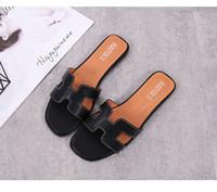 ingrosso scarpe piane da donna coreane-PADEGAO versione coreana H tipo piatta una parola Tide diapositive per le donne Solido concisa scarpe open punta esterna Pantofole delle donne di estate