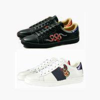 ingrosso grandi scarpe da fiori-Big Size 35-45 us13 Plus Designer scarpe Mix 15 modelli Ace Top scarpe in pelle Scarpe casual di lusso con fiore ricamato ape tigre