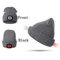 gorros de campamento al por mayor-Dos de moda de punto LED sombrero del deporte al aire ganchillo Beanie luz que acampa del casquillo caliente de esquí sombreros de fiesta de invierno casquillos del nuevo TTA1874