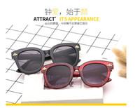 ingrosso occhiali da sole bellissimi di colore-Moda europea e americana nuovi occhiali da sole in gelatina da sole tendenza occhiali da sole monopezzo color mare.È un bel colore.Six color!
