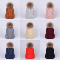 häkeln für mädchen großhandel-Baby-feste gestrickte Pompon-Hüte 10+ Mädchen-Jungen-Häkelarbeit-Strickgarn-Bobble-Winter-Kleinkind-Kinderdesigner-Hüte Mode-Pompon-Ski-warme Hüte