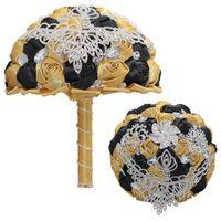 ingrosso fiore nera di cristallo spilla-Matrimonio in oro nero Fiori Mazzi di lusso strass da sposa decorati con fiori di rose artificiali Crystal Rose Bouquet