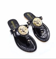 Wholesale outdoor sandals for sale - Group buy 2019 New Arrival Paris Given Sandals Fashion Men Women Sliders Summer Beach Slippers Outdoor Shoes