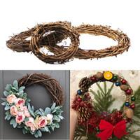 kranz frühling großhandel-30cm Weihnachtsausgangsdekor-natürlicher Rattan-Kranz-Weihnachtskranz-Handwerks-glückliche Weihnachtsdekoration-Frühlings-Hochzeits-runder Kranz