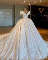 designer kleidet echte bilder großhandel-2019 neue reale Abbildungen Luxus eine Linie Brautkleider Schulterfrei Spitze Applique Gericht Zug Brautkleid Brautkleider Plus Größe
