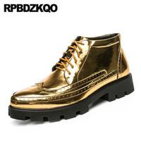 zapatos de charol hip hop al por mayor-Oxford de charol oro 46 moda 11 zapatos último calzado alto top brogue punta de ala hombres estilo de la calle hip hop tamaño grande plata