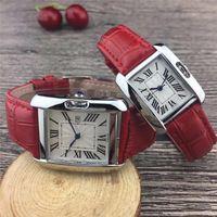 9b68784f9fb Nouveau Couple Marque de luxe femmes hommes montres Mode Bracelet En Cuir  Or Quartz Classique Montre-bracelet pour Hommes Dames meilleur Valentine  cadeau ...
