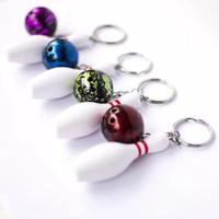 projetos bonitos do anel chave venda por atacado-Novo Design Mini Bonito Chaveiro Pino de Boliche e Bola Chaveiro Anel Chave 3D Keyfob Chaveiro Moda Presente Esportes Chaveiros