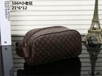 bolso cosmético cuadrado pequeño al por mayor-Marca de diseñador de alta calidad bolso de embrague hombres y mujeres carta costura pequeño bolso cuadrado personalidad femenina bolso cosmético handbag018