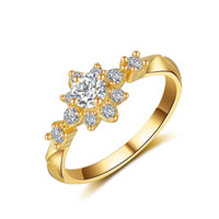 feine stern diamanten großhandel-925 Sterling Silber Casual Gold Girl Star Diamant Ring Gold Verlobungsfeier Star Fine Jewelry für Valentine Lovers Smaragd Ring