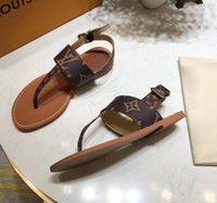 ingrosso stampare le donne piatta scarpe-Per la vendita Luxury Designer Donna Flats Sandali 2019 Fashion Luxury Designer Scarpe da donna Fiore stampato pantofole con sandali infradito