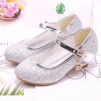 topuk ayakkabıları kız çocukları toptan satış-Kızlar ayakkabılar, yüksek topuklu ayakkabılar büyük çocuklar moda düğün kızlar ayakkabı prenses dans ayakkabısı çocuk ayakkabı çocuk tasarımcı sandalet A8995