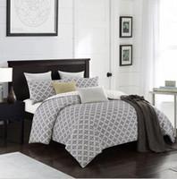 Wholesale white cotton bedding sets resale online - Fashion bedding sets bed linen Simple Style duvet cover flat sheet Bedding Set Winter Full King Single Queen bed set