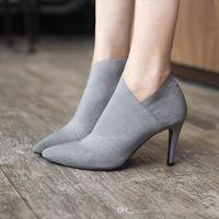 frauen grau stiefel high heel großhandel-2019 neue Mode-Trend für den Herbst ist spitz Stiefeletten nackt Schuhe Übergrößen Damenschuhe 8,5 cm High Heels schwarz und grau Damenschuhe