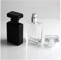bouteille de recharge vide achat en gros de-Nouveau type 30ml bouteilles de parfum rechargeables en verre de recharge rechargeables en verre clair et noir rechargeables en verre, contenant de cosmétique vide pour le voyage