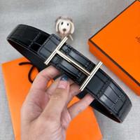 línea más suave al por mayor-Estilo Líneas de cocodrilo Cinturones de diseño Cinturón de lujo para hombre y mujer Marca Cinturones Casual Hebilla lisa 2 colores Ancho 34 mm Alta calidad con caja