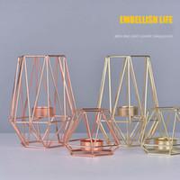 decoracion de velas rosa al por mayor-Candelabros geométricos de estilo nórdico de metal dorado candelabro de oro rosa europeo romántico vela taza decoración de la mesa en casa