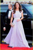 kate middleton langes lila kleid großhandel-Elegante helllila arabische lange Abendkleider mit bodenlangen kurzen Ärmeln von Kate Middleton Prom Dresses Red Celebrity Dresses