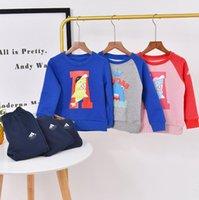 vestuário com preço de fábrica venda por atacado-De alta qualidade conjuntos de roupas moda infantil capuz e de duas peças por atacado conjuntos terno de algodão do bebê preço de fábrica