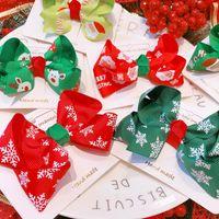 tela de color caramelo al por mayor-2019 nuevo invierno de color caramelo-Feliz Navidad horquilla de tela impresa del bebé del arco del niño de pico de pato Clip Clip Bangs