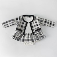 yeni bebek kıyafeti takımları toptan satış-2019 yeni Bahar kız bebek giysileri bebek kız giysi tasarımcısı Ceket + bebek romper Bebek Kıyafetleri Yenidoğan Pamuk Kız Setleri 0-2year A2490