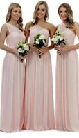 vestido de dama de honor de gasa plisada rosa al por mayor-2019 Blush Pink, un hombro, vestidos de dama de honor, una línea de gasa, pliegues, hasta el suelo, vestidos de dama de honor para las bodas campestres de verano