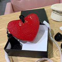 kalp şeklinde çanta toptan satış-Kadınlar akşam çantalar üst markalar tasarımcı kalp şeklinde kavramalar parti çanta moda omuz crossbody çanta çanta timsah der ...