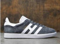 haut d'été orange, achat en gros de-Hot Sale-Top Quaity gros Hommes Femmes Casual Printemps Eté Suede Gazelle Racer Noir Rouge Gris Orange Lightweght Respirant Chaussures de marche