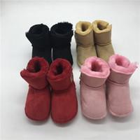 sapatas de bebê da pele venda por atacado-Botas de neve bebê unisex Sapatos de inverno para bebês Botas de pele Crianças sapatos para venda 0-12M Calçados para idéias do presente do bebê Crianças primeiro caminhantes
