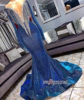 kraliyet mavisi forması kıyafetler toptan satış-Kraliyet Mavi 2019 Yeni Ucuz Mermaid Gelinlik Dubai Arapça Uzun Kollu Derin V Boyun Payetli Örgün Elbise Akşam Parti Giyim Abendkleid