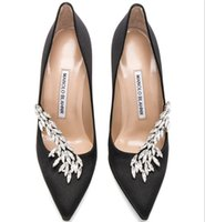 Wholesale stiletto shoes sale resale online - HOT SALE NEW BRAND MANOLOBLANHNIK NEW SILK HIGH HEELS PUMPS WOMEN S SHOES DRESSES SHOES WEDDING SHOES WITH BOX