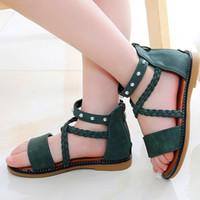 niños zapatos de princesa verde al por mayor-Sandalias de verano cómodas y calientes para niñas 2019 Nuevos zapatos de princesa de moda Zapatos de playa de fondo suave para niños Sandalias verdes romanas