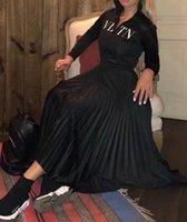 ingrosso vestiti casual lunghi di stile di celebrità-Abito donna High End Black Stand Collar maniche lunghe pieghe lungo Womne Dress Letter Stampa Zipper Celebrity Style Dress