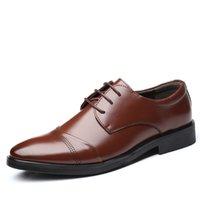 ingrosso uomini di scarpe da partito di marca-Scarpe da uomo d'affari di marca Moda scarpe a punta scarpe da uomo Oxford stile Lace Up piatto Wedding Party formale scarpe casual da uomo